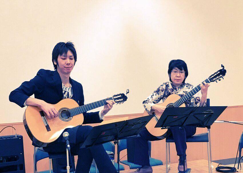 曲健一(八王子教室担当)&滝永厚子   Duoコンサート at 「こけしの館・たつみ」  2017年01月26日(木)