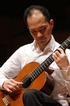 【渋谷教室 クラシックギター担当】 東隆幸講師 リサイタル出演情報